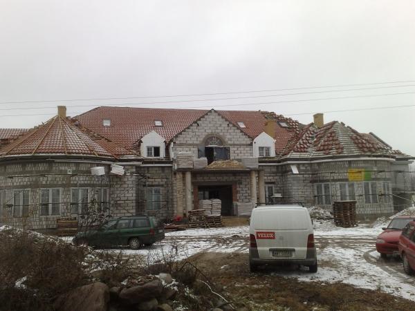 20090212645